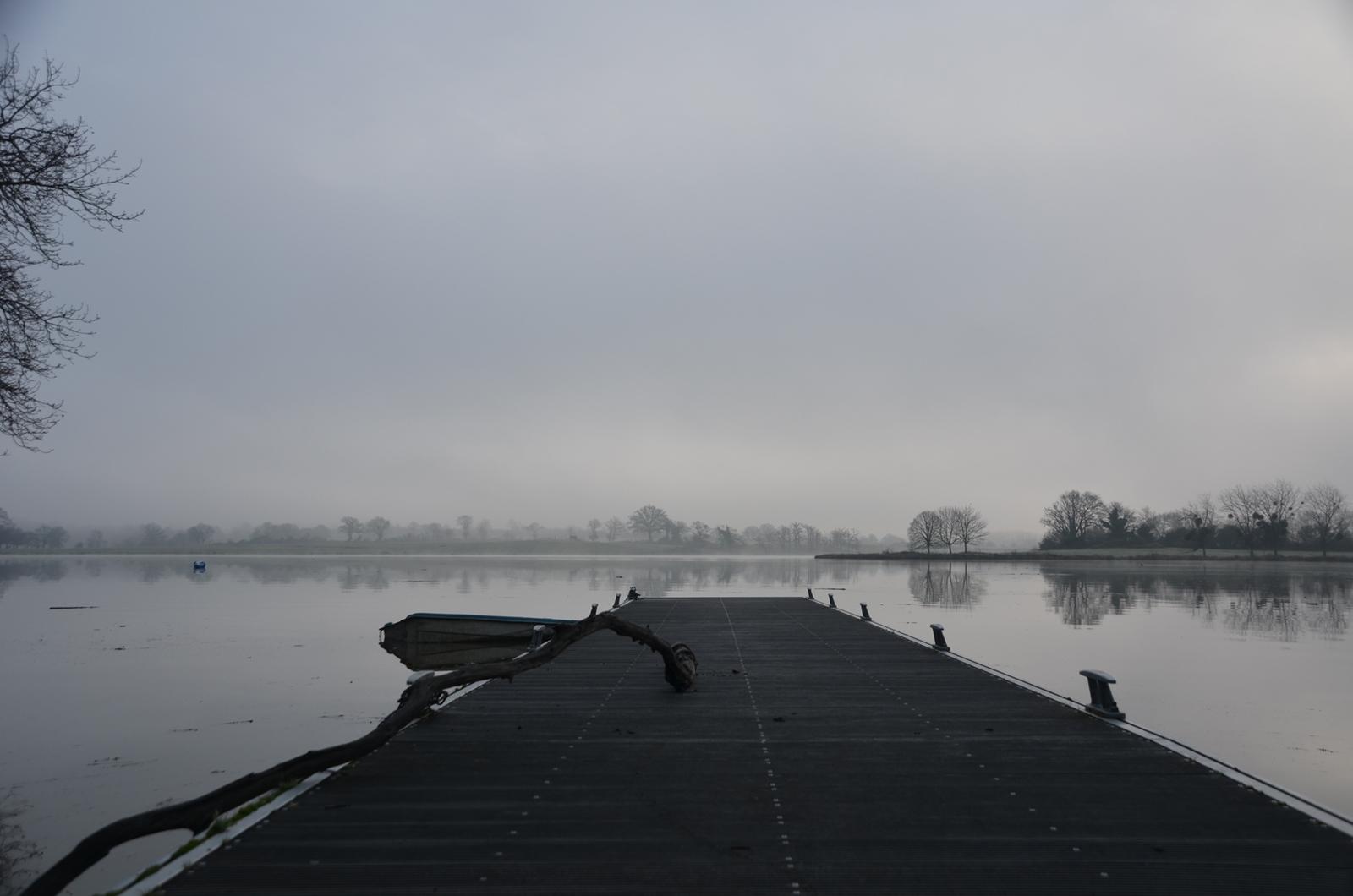 5-ponton-sur-le-lac-de-ribou